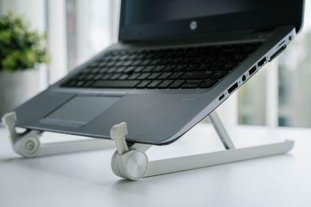 Ergonomische laptoptafel